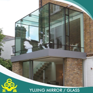 Heat-strengthened high quality tempered glass for curtain walls in building